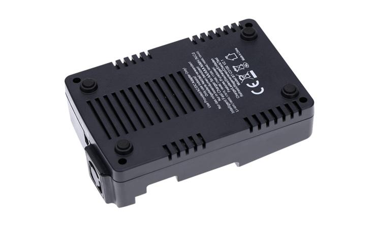 Универсальное зарядное устройство Opus BT-C3100 v.2.2